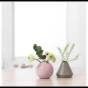 Vase set of 2, green, pink 🌱✨ nwt